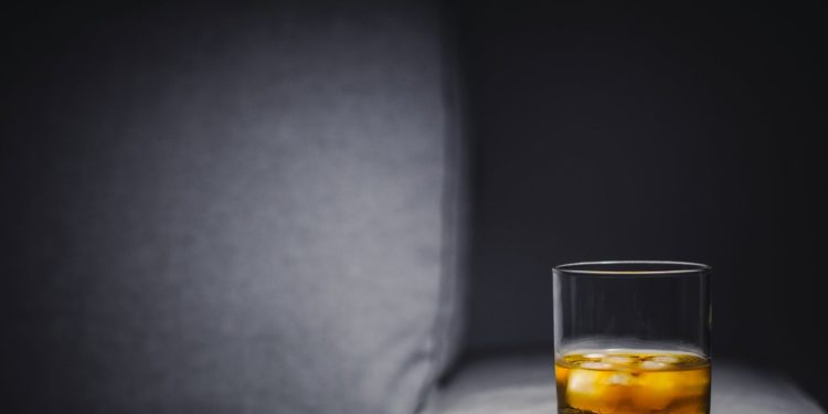 Controlled Drinking Vs. Alcoholics Anonymous