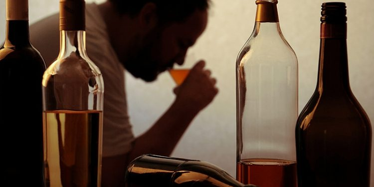 Difference between Alcoholism and Alcohol Abuse Disorders